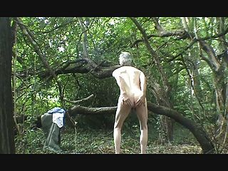 숲에서 스트립, 멍청이와 정액