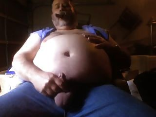 뚱뚱한 흡연 곰 2