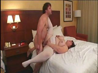 뜨거운 섹스 # 115 (호텔 침대에 busty 큰 엉덩이 성숙 ssbbw)