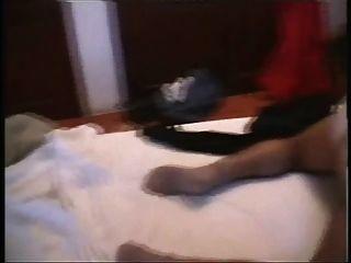 가면을 쓴 남자에 대한 그녀의 환상.(비디오 pt)