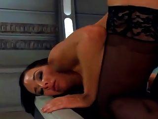 기계가 열심히 섹스를하다, 여러 번 분출하다 orgasms.hd
