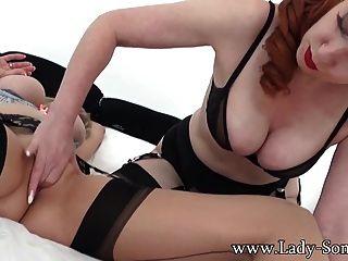숙녀 sonia 섹시한 레즈비언 섹스에 milf red xxx