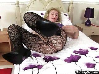 할머니는 여가 시간에 무엇을하십니까?