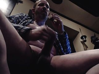 str8 아빠 그의 육식 된 고기를 재생
