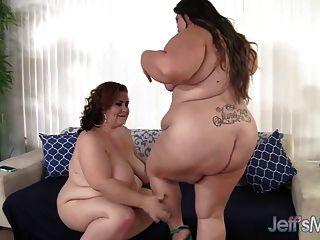 섹시 plumpers 벨라 bendz과 레이디 린은 레즈비언 섹스를 즐기고