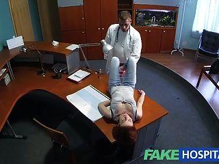 가짜 병원 빨간 머리 성교