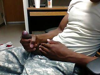 사무실에서 str8 육군 남자 스트로크