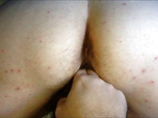 bbw 큰 엉덩이 털이 많은 여자 아내 강아지 장난 꾸러기 오르가슴