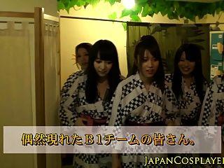 그룹의 일본인 베이비