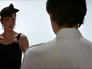 에마뉘엘 4 (1984) : 실비아 크리스텔과 마릴린 제스