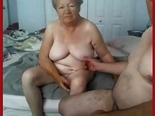 할머니와 할아버지가 알몸의 캠에