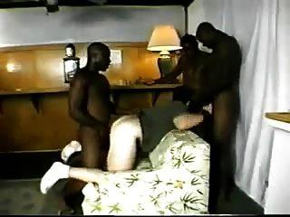 하얀 엉덩이를 망 쳤어 3 검은 친구들