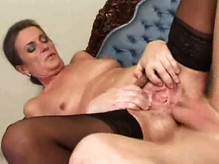 늙은 여자 엉덩이에 좆