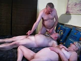 blondie 여자 가슴에 bisex 정액
