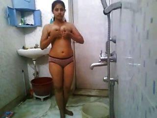 인도 소녀 입욕 누드
