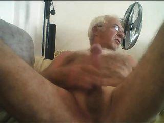 흥분 할아버지