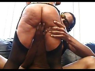 섹시한 성숙 스타킹에 흑인 남자가 섹스