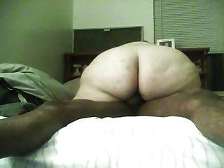 뚱뚱한 하얀 bbc 걸쭉한 hog 암캐 내가 meetme 3에서 만난 amanda라는 이름