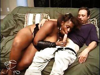 하얀 소년 15 임신 흑인 소녀!