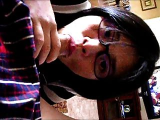 중국 소녀의 입으로와 파 김치