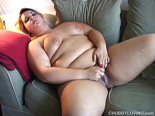 busty 금발 bbw 당신이 그녀의 젖은 음부를 망할 소원