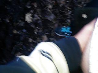 숲속에서 날 운문.