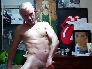 포르노와 정액을 질주하다.