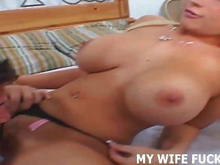 포르노 촬영에서 아내 스타를 보아라.