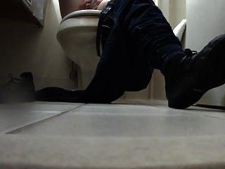 화장실에서 웨이트리스 수음 구두