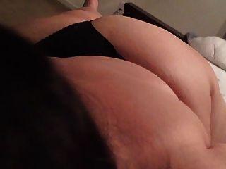 큰 엉덩이 젖꼭지 빠는 bbw