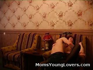 redheaded 할머니 사랑 젊은 거시기