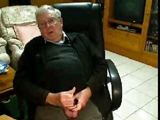 할아버지가 자위하다