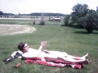 더운 날에 밖에 자위하는