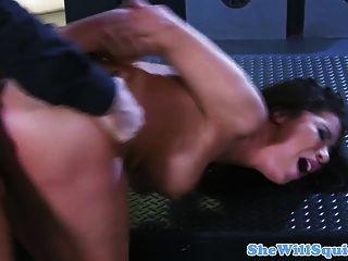 busty squirting milf 그녀의 엉덩이를 좆