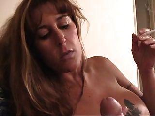 유부남 # 123 busty smoking brunette