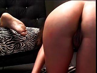 예쁜 여자 구강 구두와 남자 pleasuring