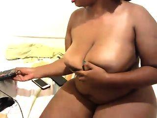 큰 엉덩이와 가슴