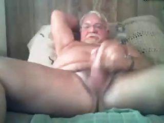 침대에서 흥분 할아버지