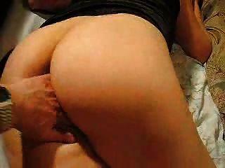 오르가즘까지 엉덩이와 음부로 놀아 라.