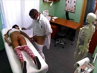 의사, 내 허리 통증을 도와 줄 수 있어요?