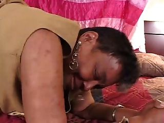 흑단 할머니가 섹스하고 젊은 bbc 섹스