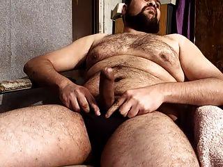 사정까지 자위하는 뚱뚱한 곰