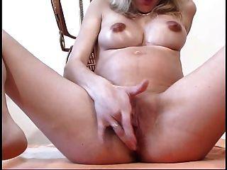 아름다운 임신 한 엄마 26