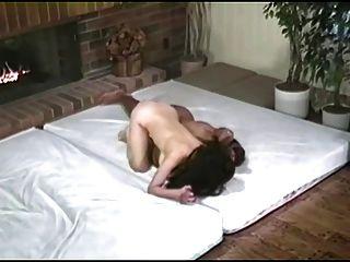 퀸즈 titfighting