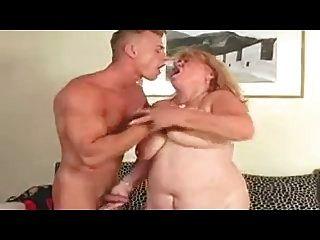 섹시한 bbw 할머니 씨발