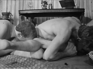 궁금한 사람. 장면 04. (1960 1970)