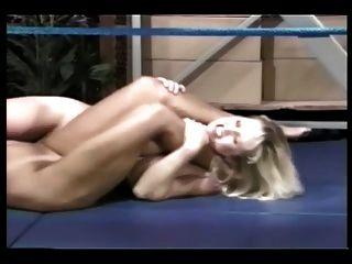 알몸의 반지 레슬링