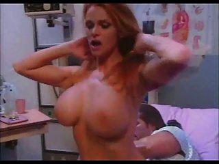 사나이 페이 가슴이 간호사