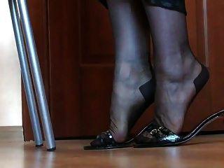나일론 소재의 다리와 발
