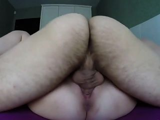 그녀를 위로 채워라!